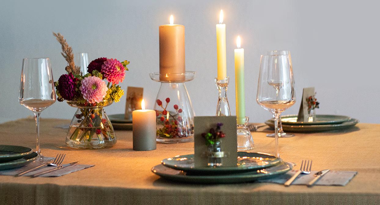 Herbstdeko Fur Die Goldene Jahreszeit Tischdeko Und Diy