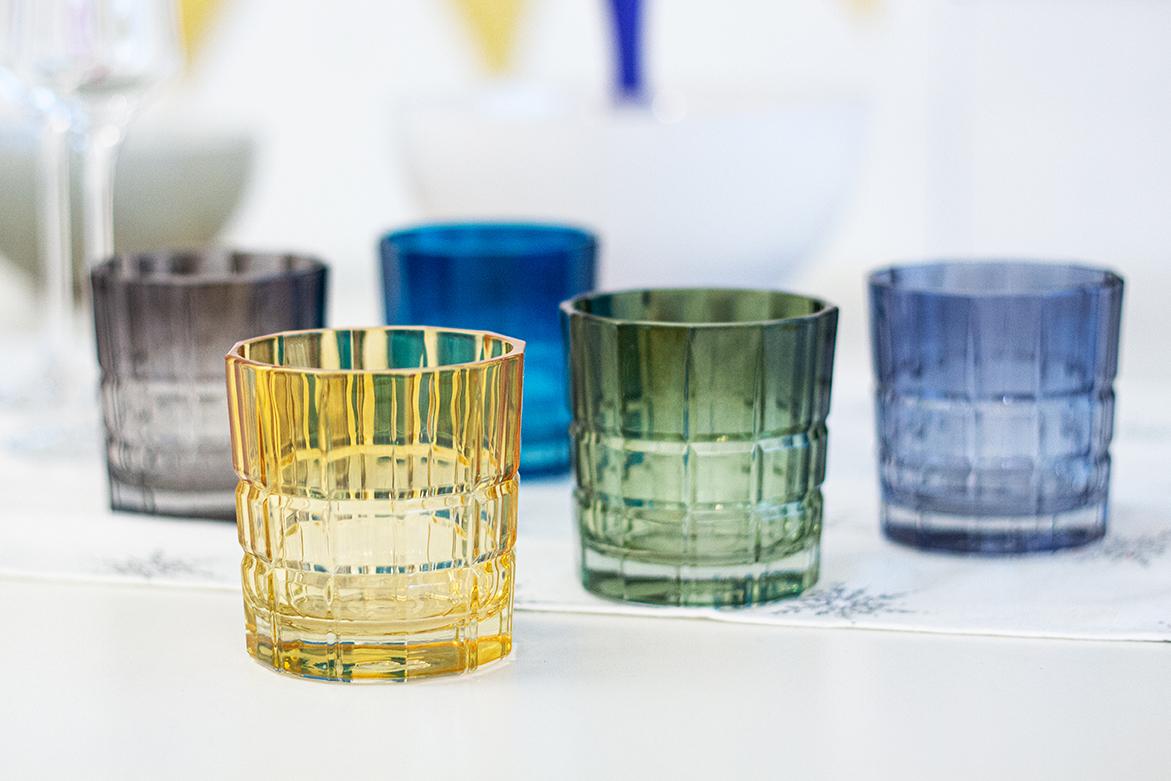 Gläser Relief
